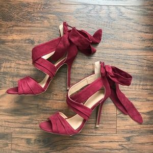 Charlotte Russe Burgundy Heels with Bows Size 6